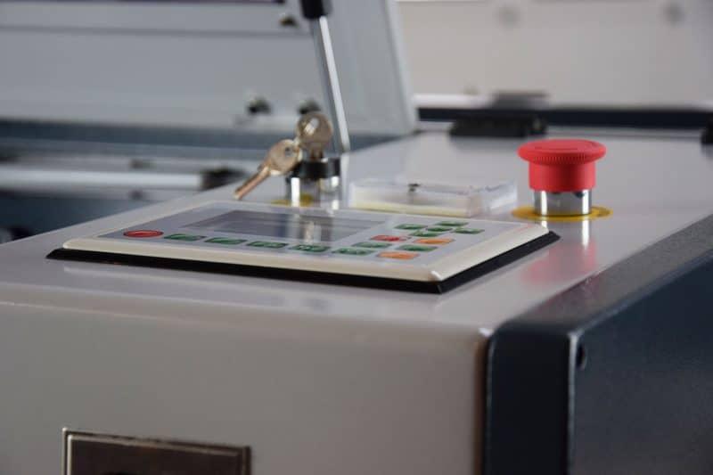 Interfaz de control de la máquina láser MQ4040 LITE CO2