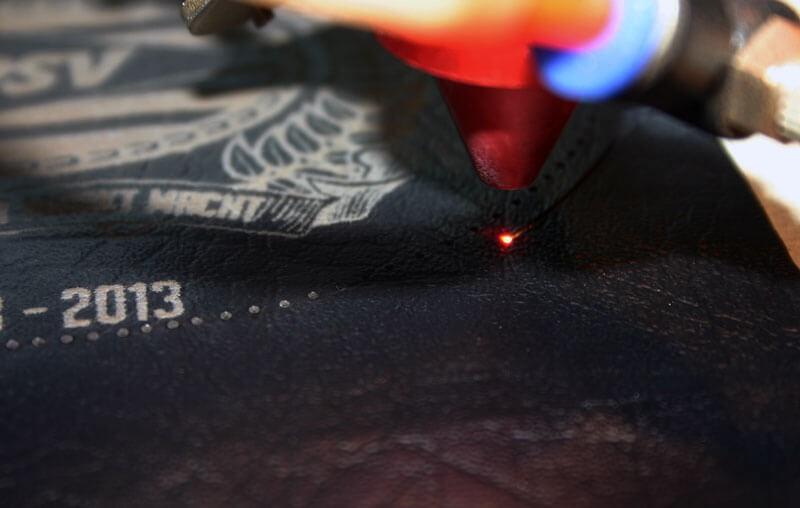 découpe de cuir au laser