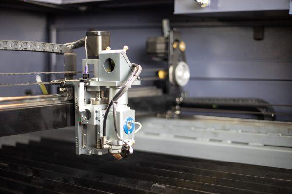 MQ1390C Alta potencia CO2 Combi metal madera plástico láser cortador láser cabeza