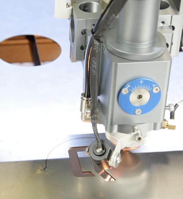 MQ1390C High-Power CO2 metaal lasersnijder laserkop