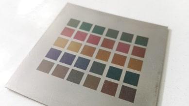 Metaal in kleur lasergraveren