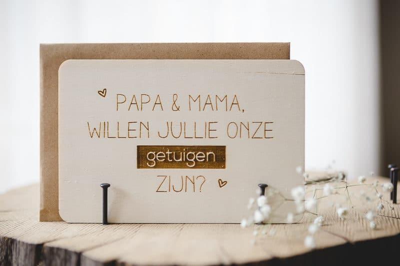 Invitación láser grabado en madera.