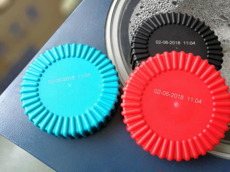 máquina láser uv plásticos typumber grabado láser