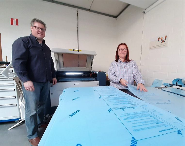 VTI Tielt uses MetaQuip laser cutter to make 700 face masks against the spread of Corona